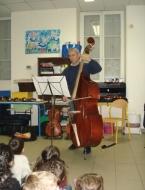 L' Orchestre de l' Ecole de Cordes du Loudunais, dirigé par Nicolas Verdon, , à 15 km de Thouars, à 10 km de Loudun, à 65 km de poitiers, à 40 km de Parthenay, à 20 km d'Airvault, à 40km de Bressuire.Présentation des instruments du quatuor  Initiation à la pratique d'orchestre par groupes de six à huit enfants du primaire.  Animation : Nicolas Verdon.