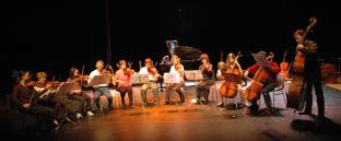 Orchestre de Chambre de l'école de musique des atteliers musicaux nicolas verdon en concert centre culturel de loudun.
